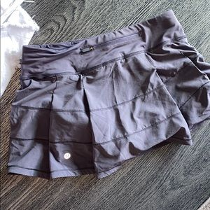 Gray lavendar color Lululmeon skirt 6